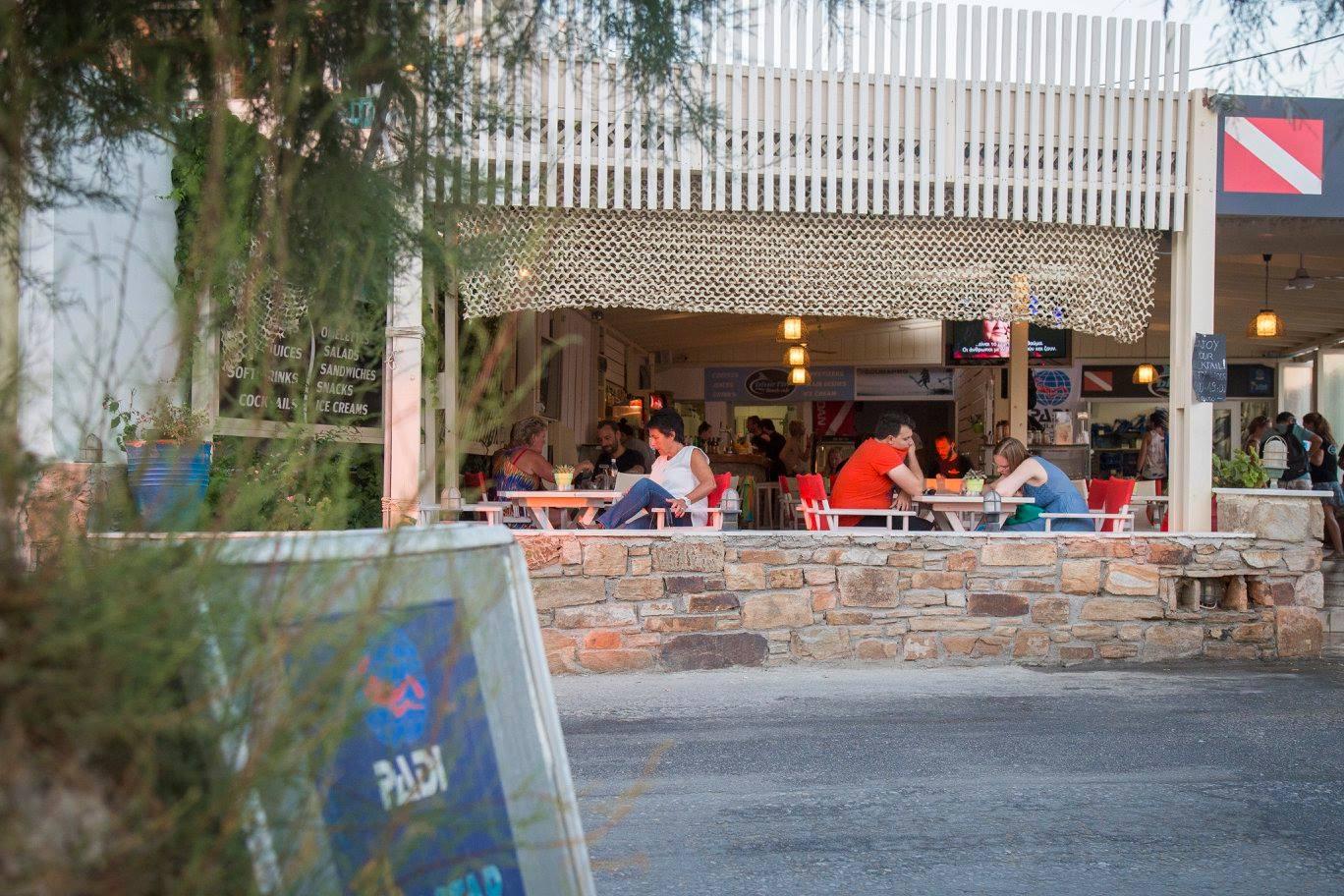 blue fin beach cafe 5