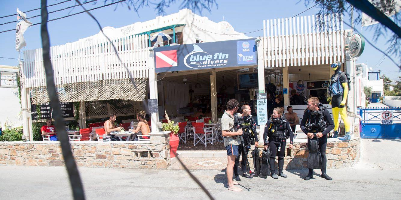 blue fin beach cafe 6